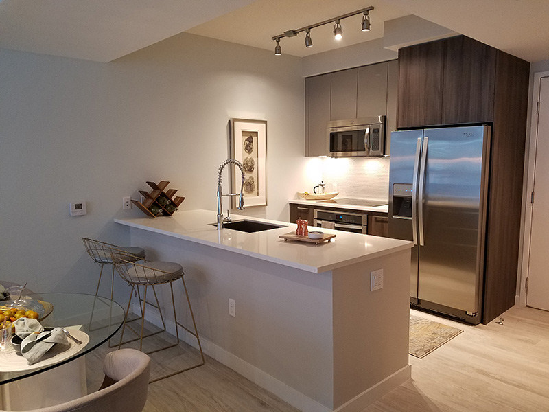 black miami ideas countertop beach boynton countertops for colors cabinet cabinets tops granite breathtaking manufacturers backsplash combinations kitchen maple and top in
